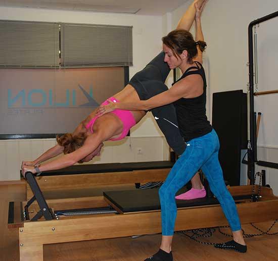 instructora de pilates